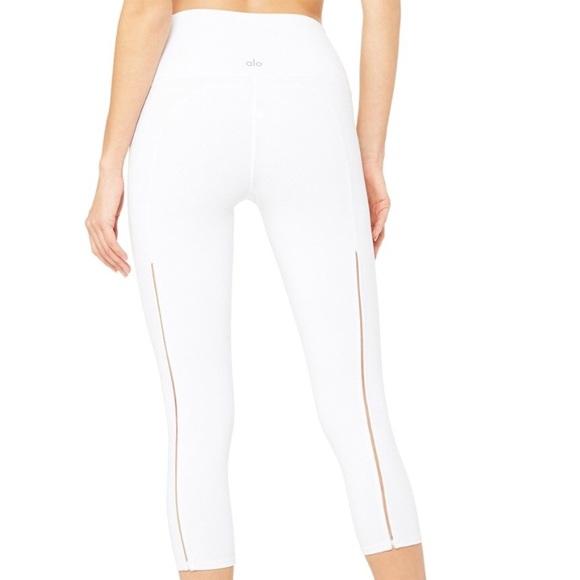 df76f9e8123318 ALO Yoga Pants | Nwt High Waist Dash Capri Filament Trim | Poshmark
